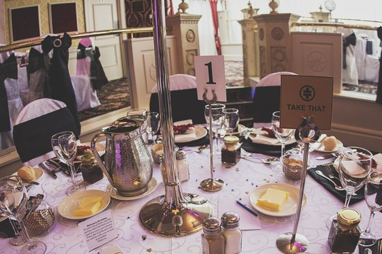The Belfray Country Inn: Table Settings