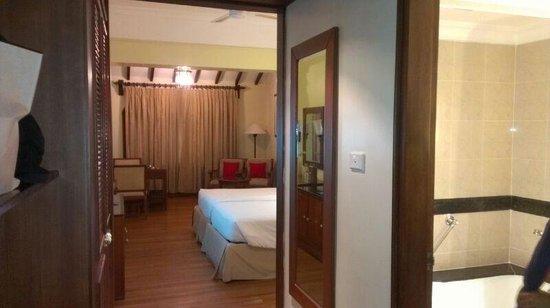 Taj Malabar Resort & Spa Cochin: Room