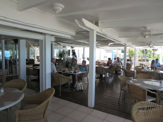 Sibonne Beach Hotel: Brunch