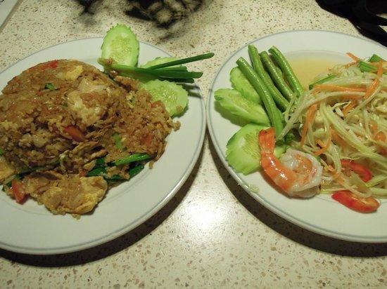 Pacific Club Resort : 夕食の一部