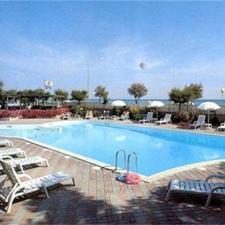 Photo of Hotel Perla Senigallia
