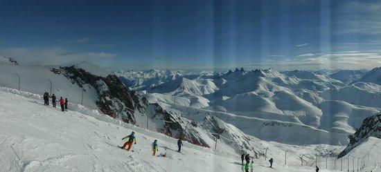 Alpe d'Huez Grand Domaine Ski : Pic Blanc Peak 3060m
