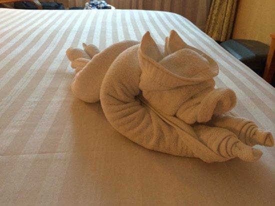 Club One Seven Phuket: Towel arrangement