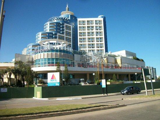 Enjoy Punta del Este : Hotel grandioso, estrutura maravilhosa! Tudo com muito bom gosto e atendimento perfeito!