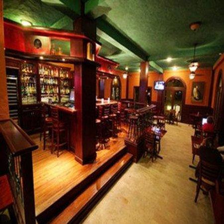 Los Mandarinos Boutique Spa & Hotel Restaurant: Pub