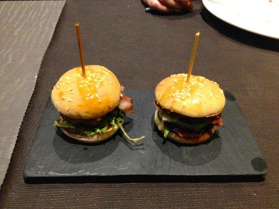 Naguar : Mini hamburguesa