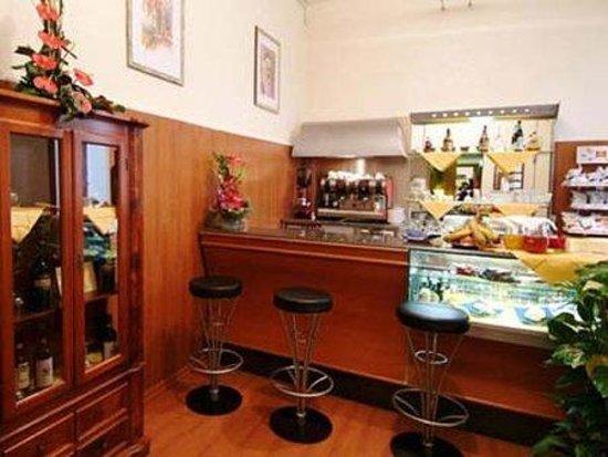 Hotel Erina : Bar/Lounge 1