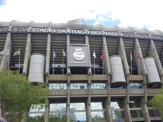 Estadio Santiago Bernabéu: красавец