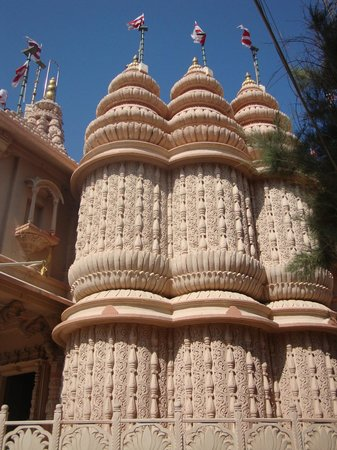 Shri Swaminarayan Mandir, Dwarka: temple view