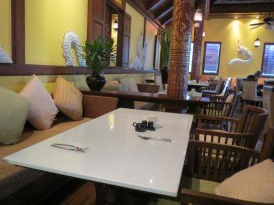 De Naga Hotel: De Naga cafe
