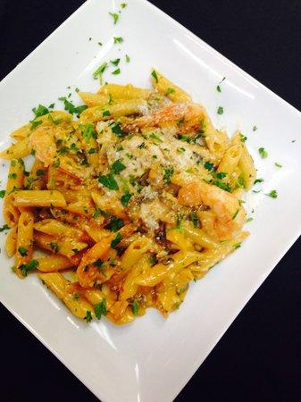 Alessandra's Italian Eatery: Penne alla Vodka con Gamberi (shrimp)