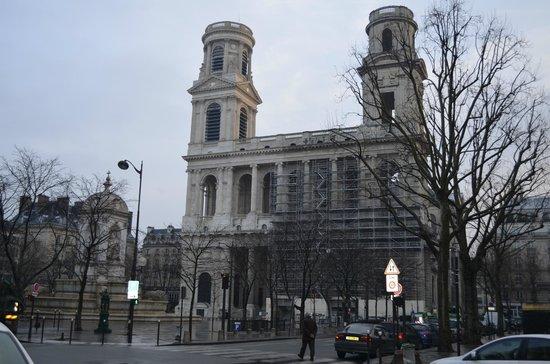 Eglise Saint-Sulpice: Foto durante o dia