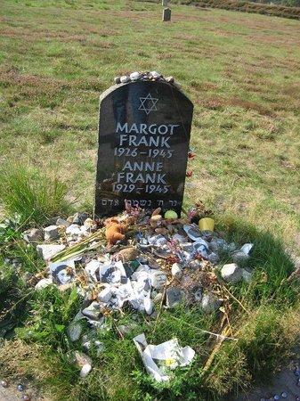 Bergen, Alemanha: Tomba di Anna Frank