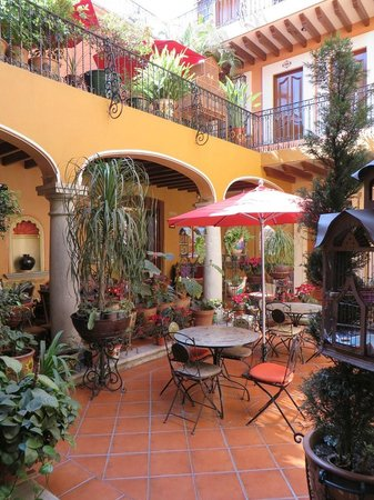 Hotel Boutique Parador San Miguel Oaxaca: The inner courtyard