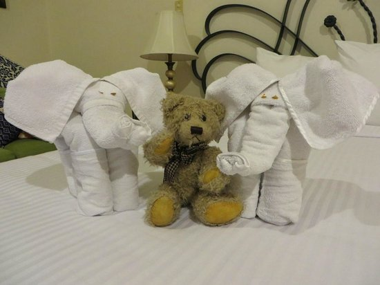 Hotel Boutique Parador San Miguel Oaxaca: Every day the towels are mad into a new animal