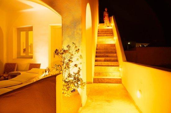 Allure Suites: romatic night