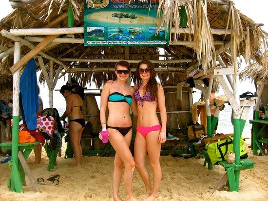 Grand Paradise Playa Dorada: Paradise Island/Tiki bar
