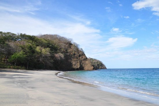 Four Seasons Resort Costa Rica at Peninsula Papagayo: пляж с видом на Тихий океан