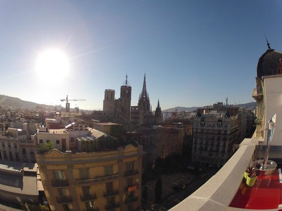 H10 Montcada Boutique Hotel: view from roof terrace