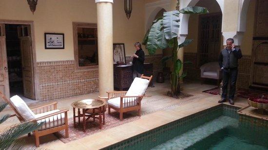 Riad Azoulay: cortile interno