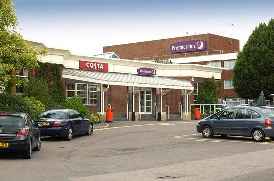 Did Not Feel Safe As Lone Female Traveller Review Of Premier Inn Leicester Fosse Park Hotel
