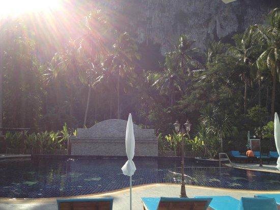 Aonang Silver Orchid Resort: Pool Area