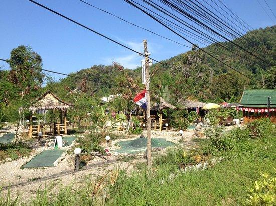 Aonang Silver Orchid Resort: Outside