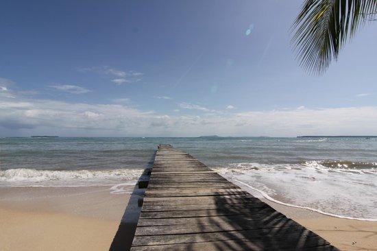 Popa Paradise Beach Resort : The Dock