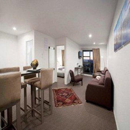 Waldorf St. Martins Apartment Hotel: St Martins Lounge
