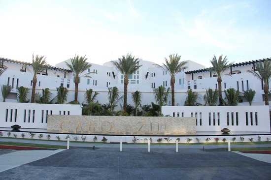 Cabo Azul Resort: New Front Building and Sign