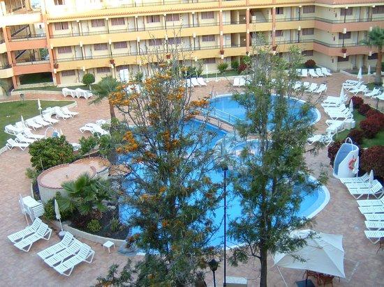 La montagne vu de la chambre picture of hovima jardin for Aparthotel jardin caleta costa adeje tenerife