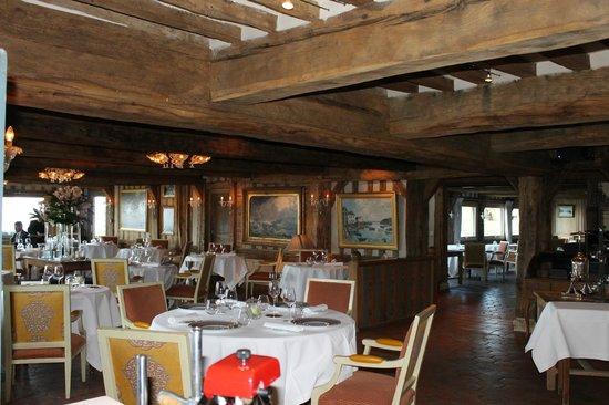 La Ferme Saint Simeon - Relais et Chateaux: la salle à manger