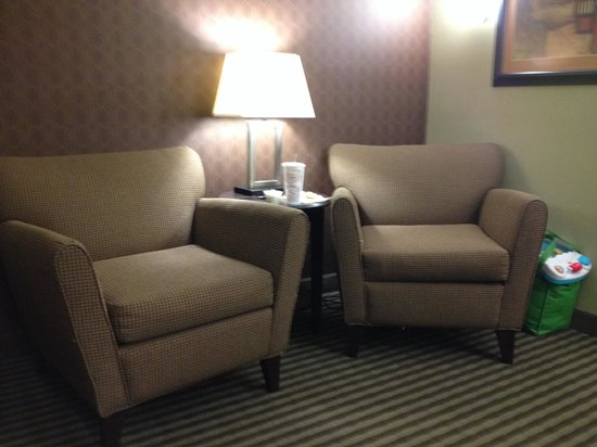 BEST WESTERN PLUS Olathe Hotel : Seating Area