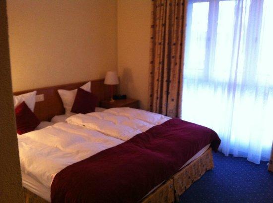 Best Western Hotel Rallye : Chambre