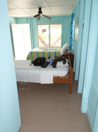 Pelican Beach - South Water Caye : Room 5