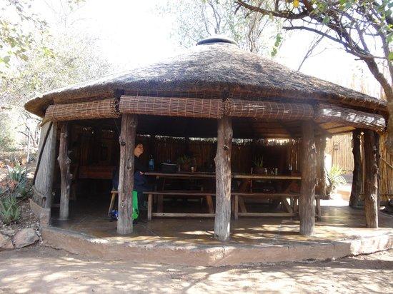 Umlani Bushcamp: De gemeenschappelijke rondavel