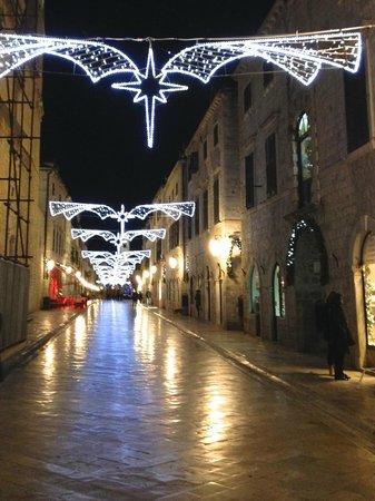 Placa (Stradun): December on the Stradun