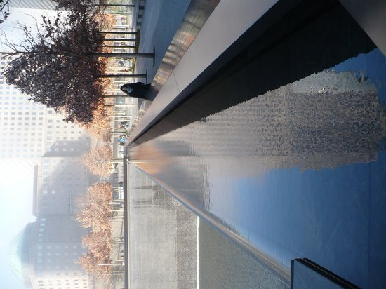 National September 11 Memorial und Museum: South Tower