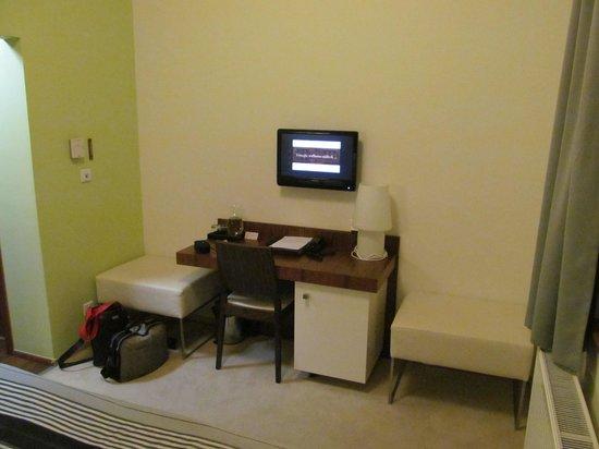 Wellness & Spa Hotel Augustiniansky dum: work desk