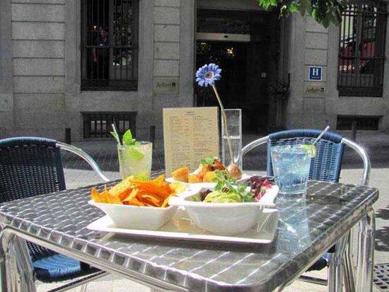 Radisson Blu Hotel, Madrid Prado: Terrace