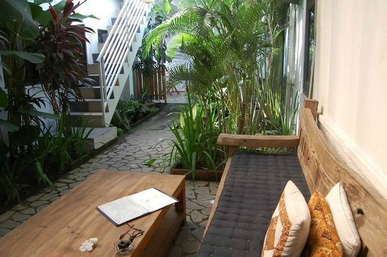 Tiga Lima Homestay: Seating outside our room