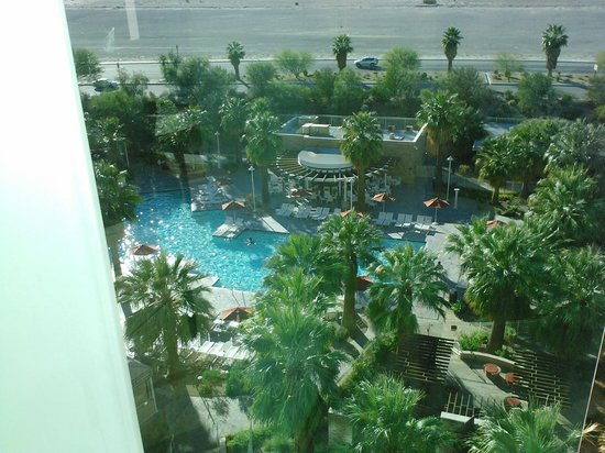 Agua Caliente Casino Resort Spa: View of the pool area from our balcony