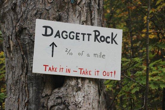 Daggett Rock: Sign for Dagget Rock on the road