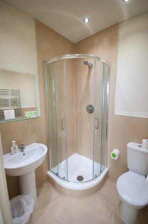 Palmerston Suites : Bathroom