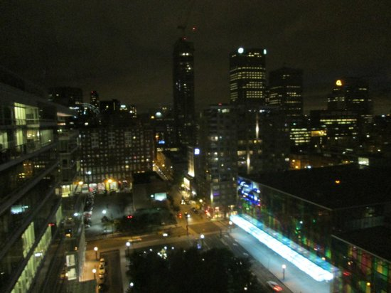 InterContinental Montreal : night view from our room