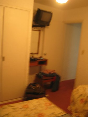 Ajax Hotel: quarto