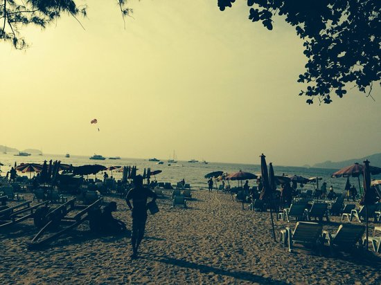 Patong Beach: End of the afternoon...
