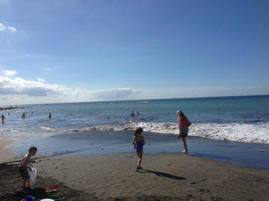 HOVIMA Santa Maria : beach near hotel .