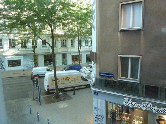 Hotel Das Tyrol: вид из окна
