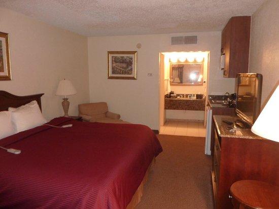 Clarion Inn & Suites : Habitacion